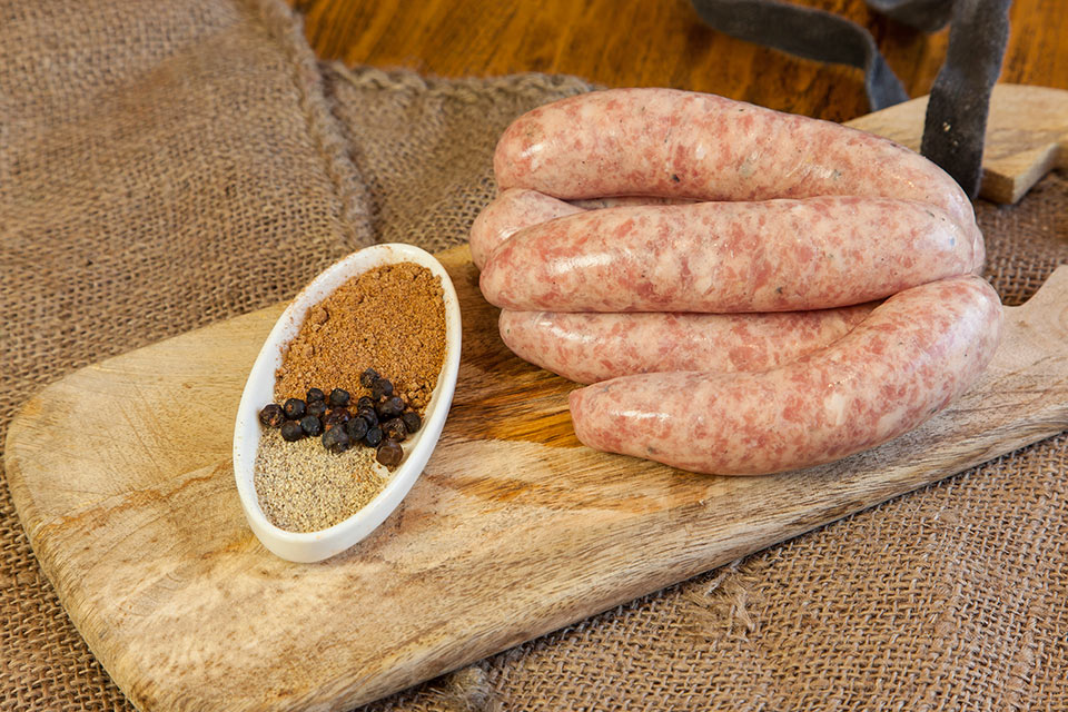 Barwon-Valley-English-pork-with-nutmeg-sausages