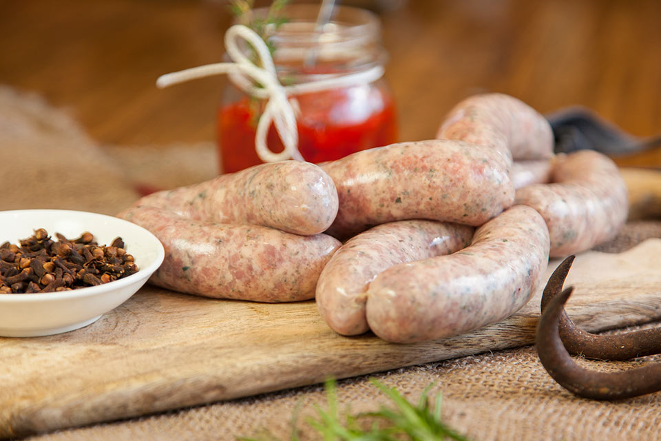 Barwon-Valley-sausages-english-pork,-fennel,-garlic-and-red-wine-3